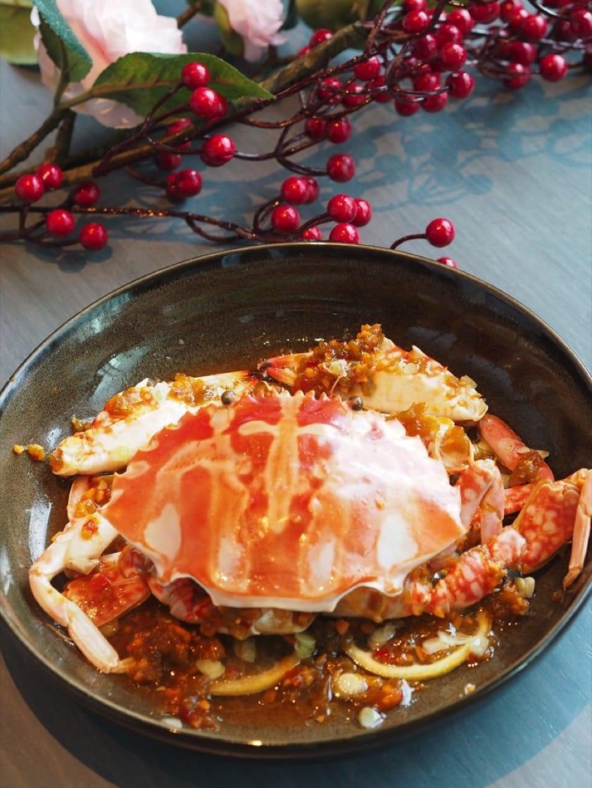 花蟹的賣相很好,蟹體帶著漂亮的花紋,肉質也清甜有味。(陳靜宜攝)