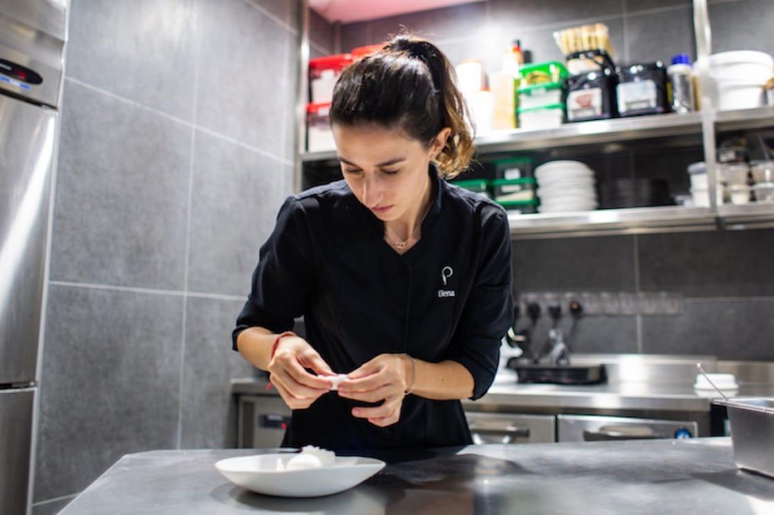 Preludio's pastry chef Elena Pérez de Carrasco at work (Pic: Preludio)