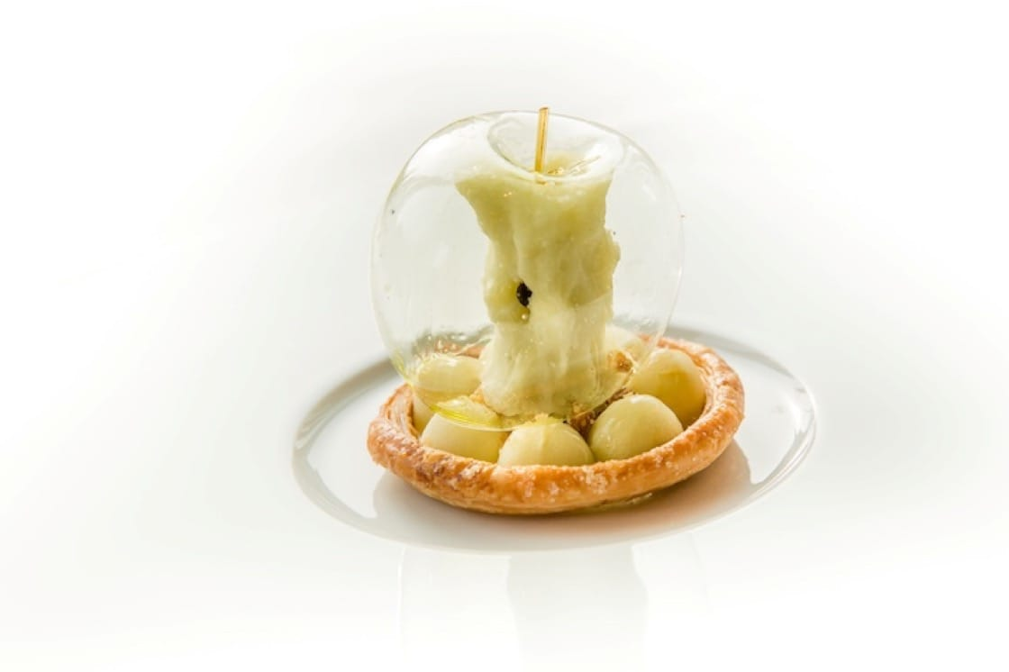 Green Apple dessert by Richard van Oostenbrugge. (Pic: Bord'Eau Restaurant Gastronomique)