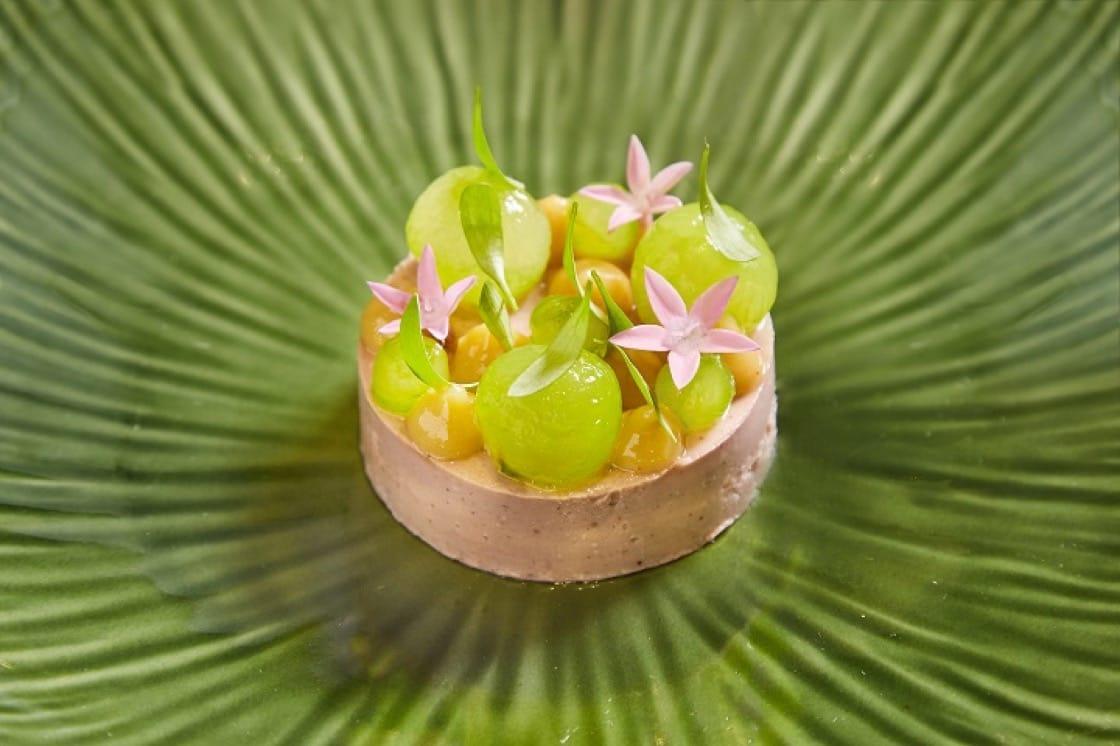 Verde的擬鴨肝,以花生、腰果熬煮成泥。(圖片提供:Verde)