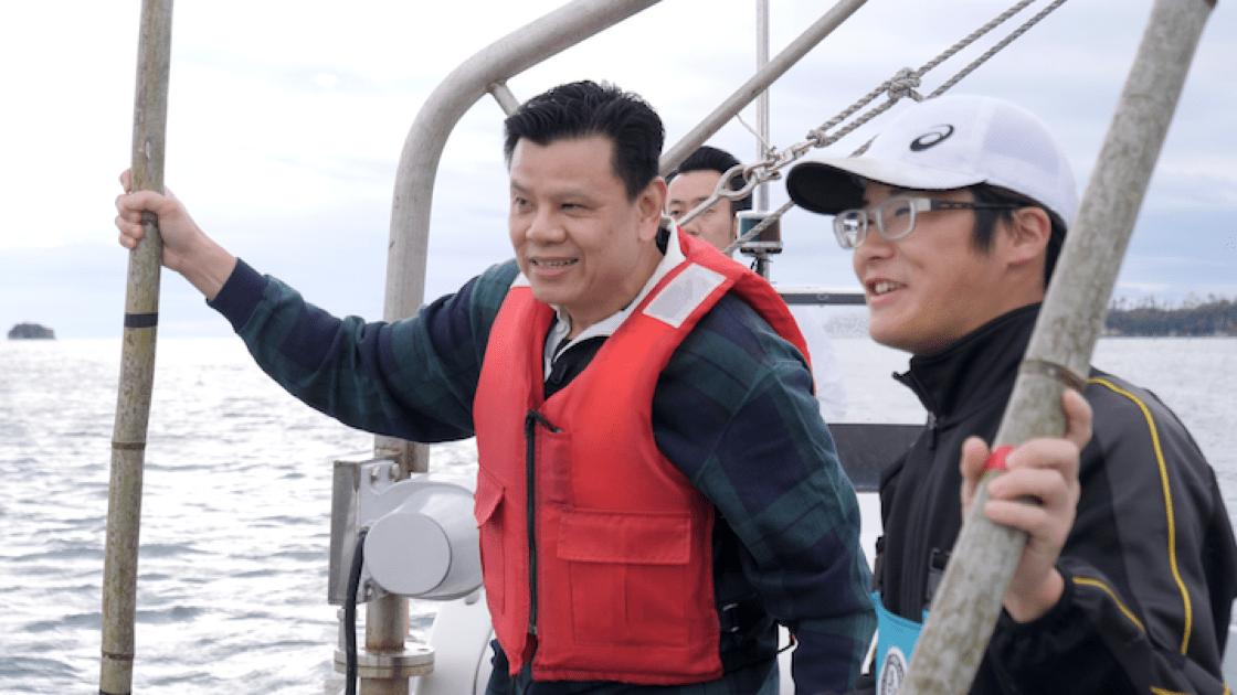 紀濱漢與石卷採收海草的漁夫。