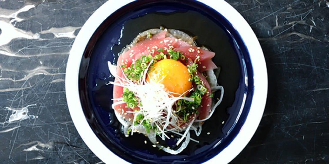 吞拿魚他他,擺盤新派摩登,是年輕化的日本菜。(圖片:chope)