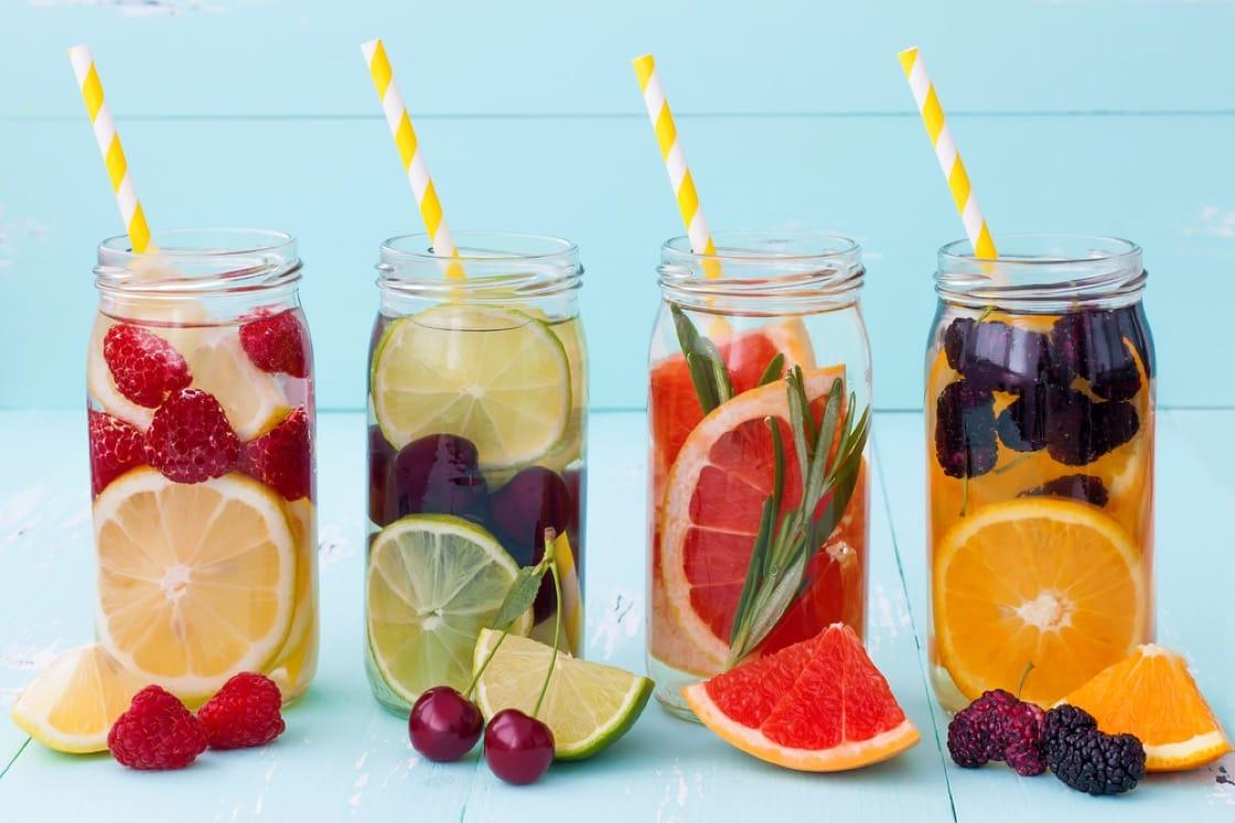色彩繽紛的蔬果營養水,真的比清水好嗎?(資料圖片)