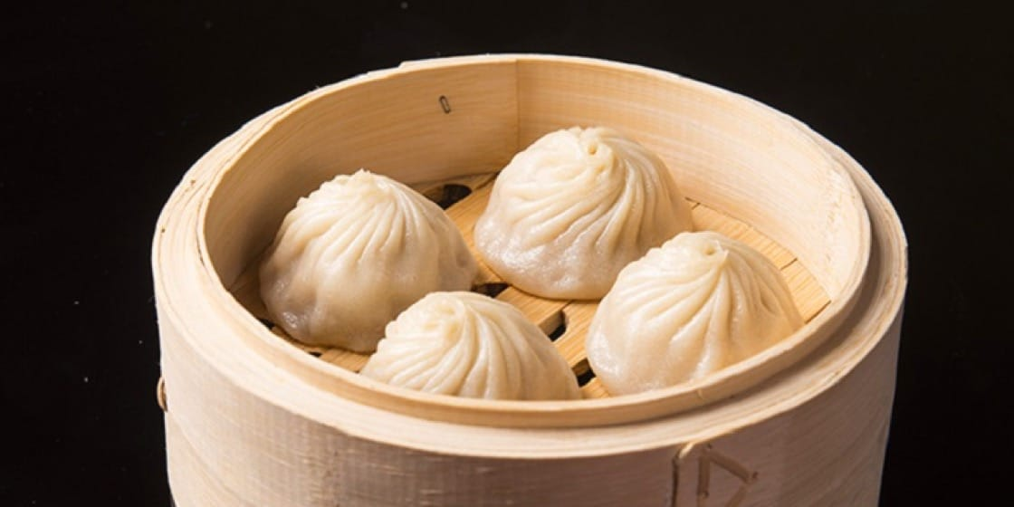 翡翠江南用黑豚肉做小籠包饀,吃來更加肥美豐碩。(圖片:Chope)