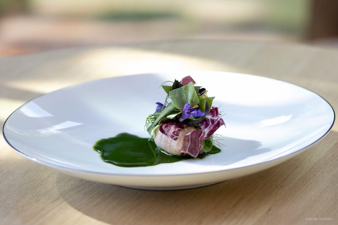 Frisella d'écrevisses is one of the signature dishes at  Le Bois sans Feuilles. (Photo:  Le Bois sans Feuilles)