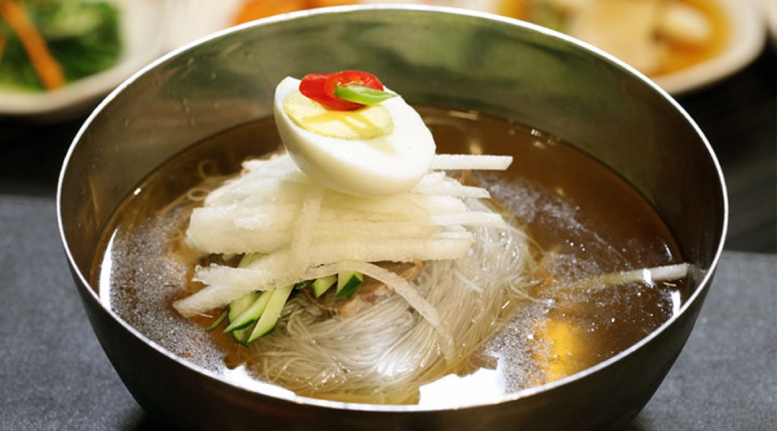 Naengmyeon is eaten even in winter.