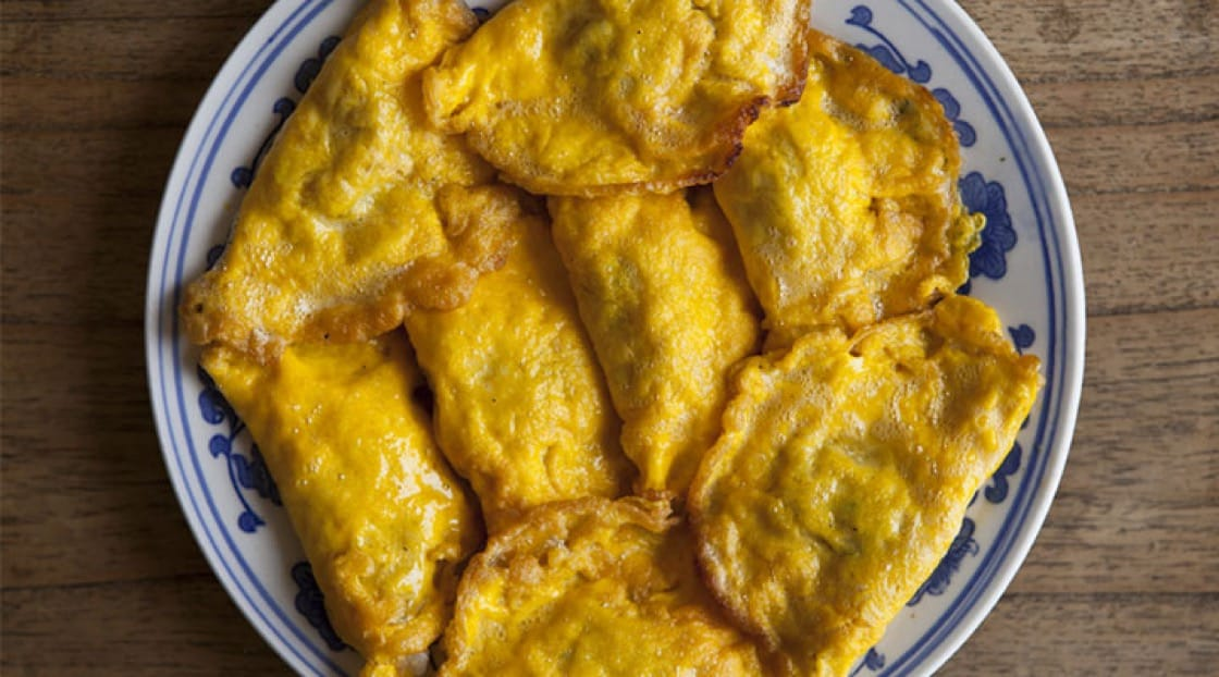 Egg dumplings are commonly eaten during Chinese New Year due to its resemblance to gold nuggets.