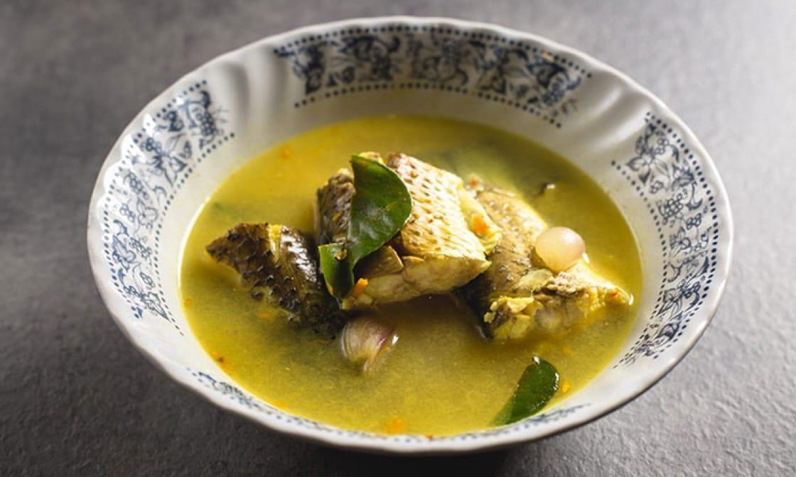 《米芝蓮指南》必比登推介 The Local餐館的清酸魚湯(Tom Som Pla Krabok)。