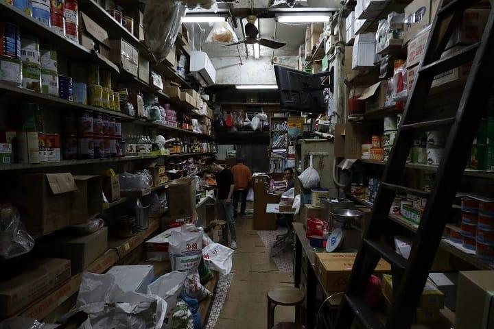 波記糧油雜貨現由第二代接手,尖沙咀一帶著名食肆不少都是它的客仔。(圖片:陳佳男)