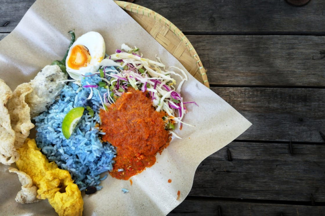 Nasi kerabu is naturally dyed blue with butterfly pea flower (Pic: Shutterstock)