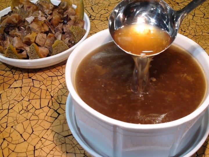 西苑的爵士湯,有響螺的鮮美,蜜瓜的清甜芳芬,十分可口。(圖片:孟惠良)