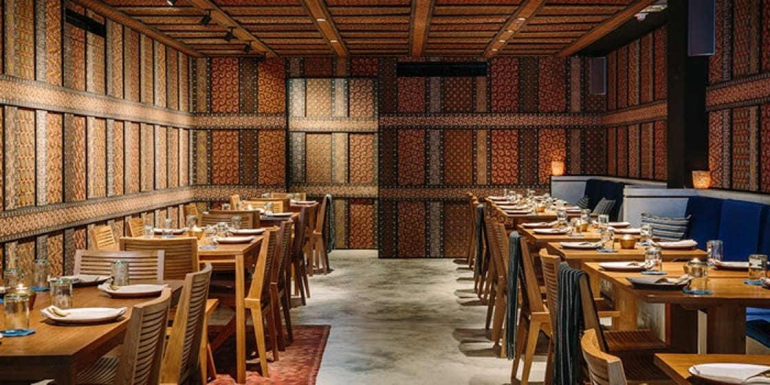The tropical-themed interior design reveals the Indonesian identity of Kaum by Potato Head Hong Kong. (Photo: CHOPE)