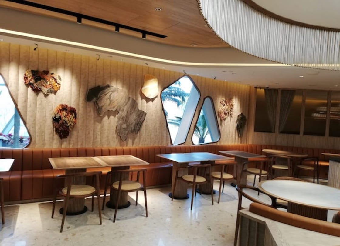 The interiors of YUN NANS is inspired by the mountainous region of Yunnan in China.