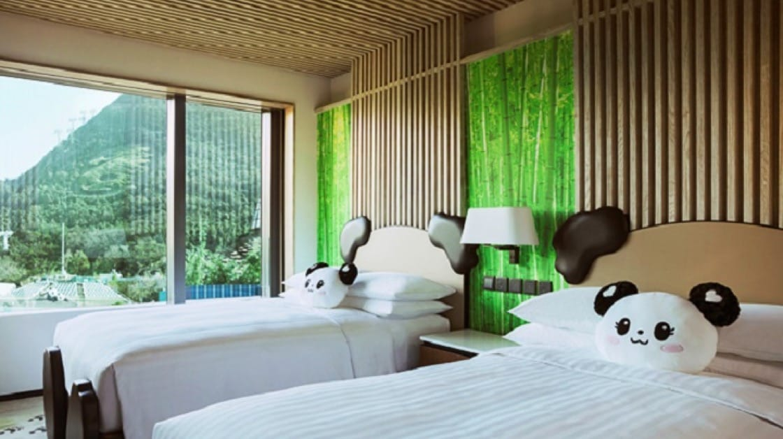 海洋公園萬豪酒店房間內有熊貓裝飾,小朋友必定喜歡。(圖片:海洋公園)