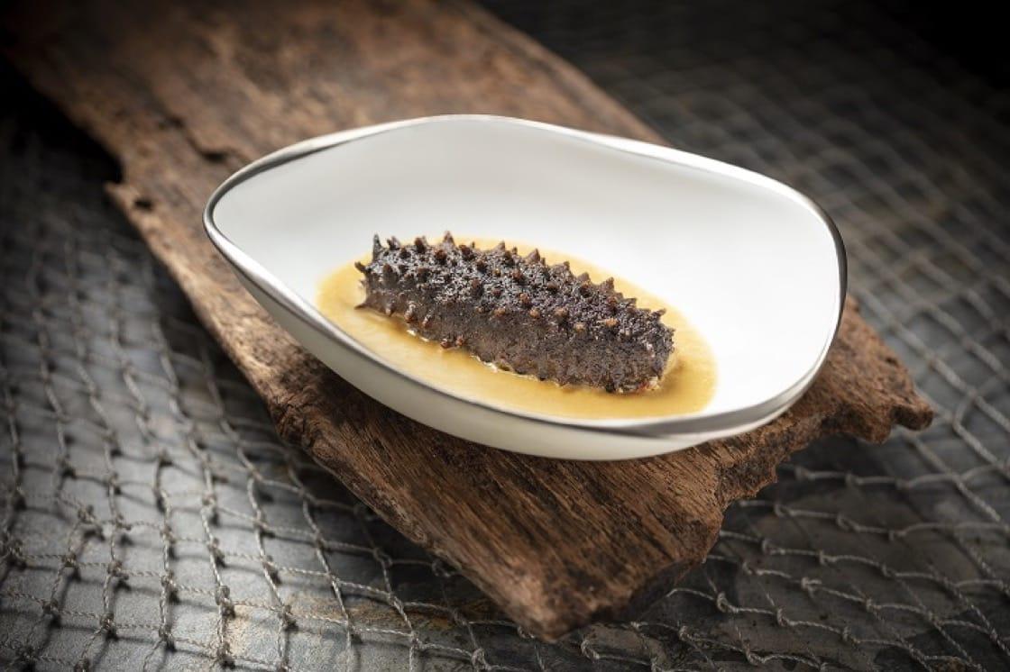 VEA 的招牌菜式之一:烤海參(圖片:VEA)