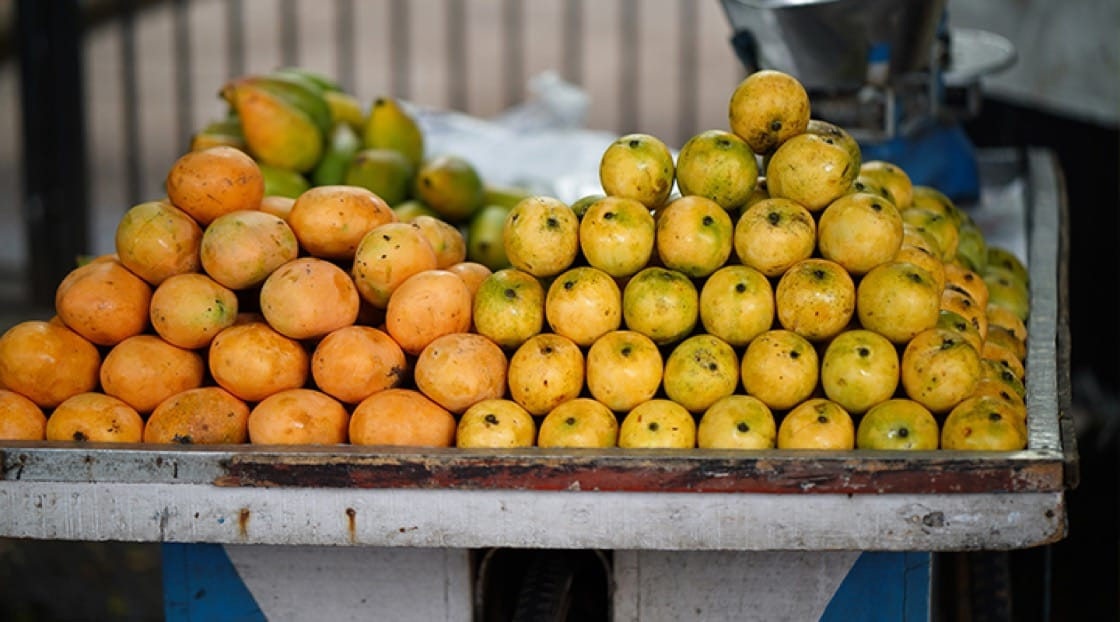 Fresh mangoes at the market.