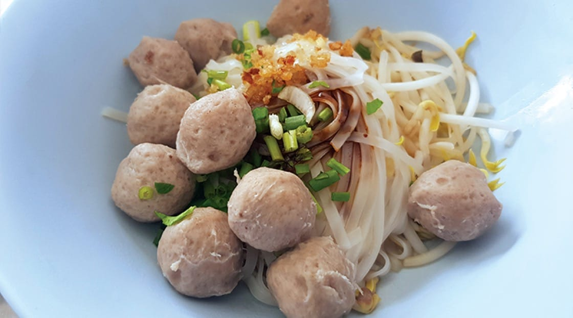 "It's hard to say ""no"" to bouncy meatballs and noodles at O Cha Rot."
