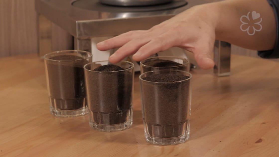 店子選擇自己溝茶,他們認為這樣在細節上才可以掌握得更好。