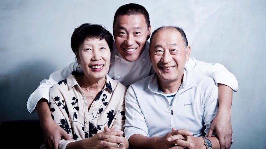 Chef Back with his parents (Pic: Akira Back Instagram)