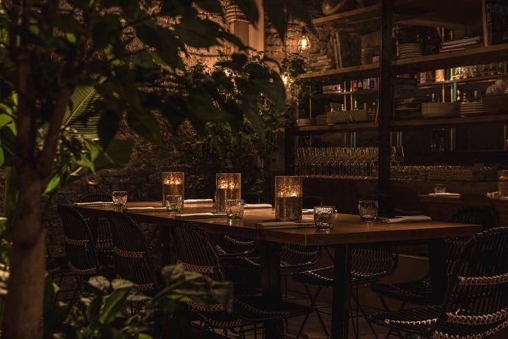 台北米其林一星餐廳 Longtail 目前除了針對大組訂位,也沒有收取餐前訂金。(圖片:Longtail 提供)