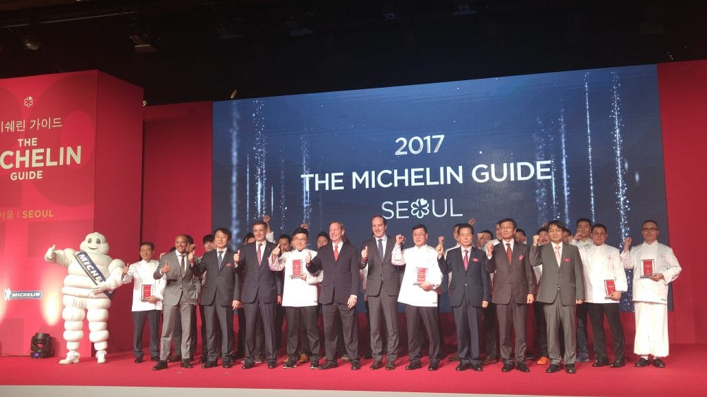 Michael Ellis and the Michelin star honorees at the Michelin Guide Seoul 2017 launch ceremony