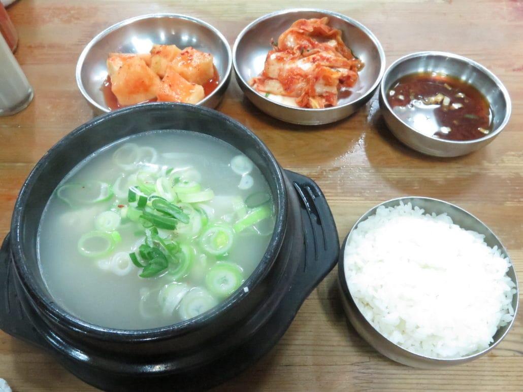 Seolleongtang  / Ox Bone Soup
