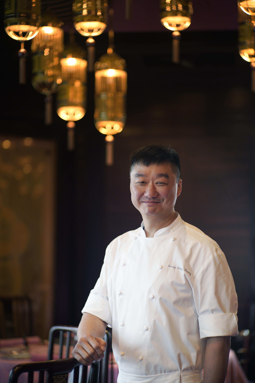 Mandarin-Oriental-Hong-Kong-Man-Wah-Executive-Chinese-Chef-Wong-Wing-Keung (1).jpg
