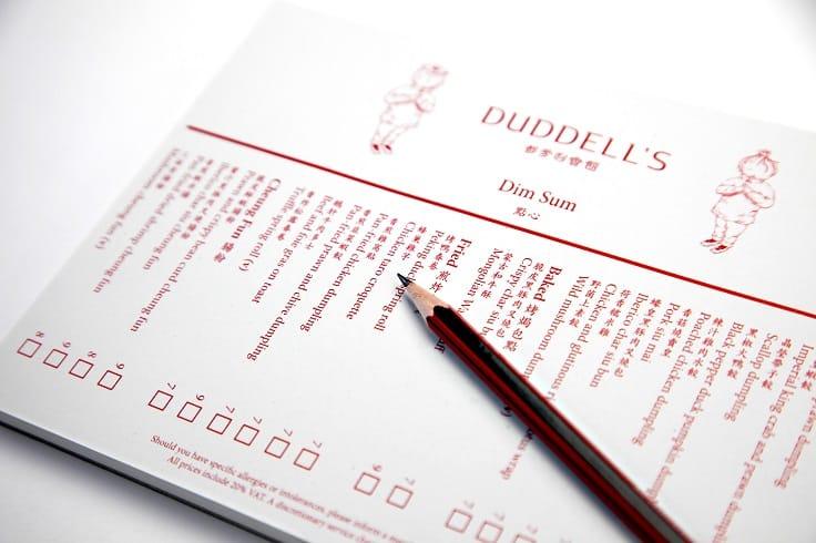Duddell's 倫敦店的點心紙,提供鉛筆,讓客人自己畫上order。(圖片:Thirty30 Creative)
