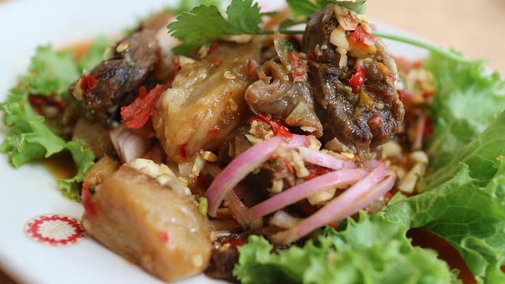 Braised beef spicy salad,