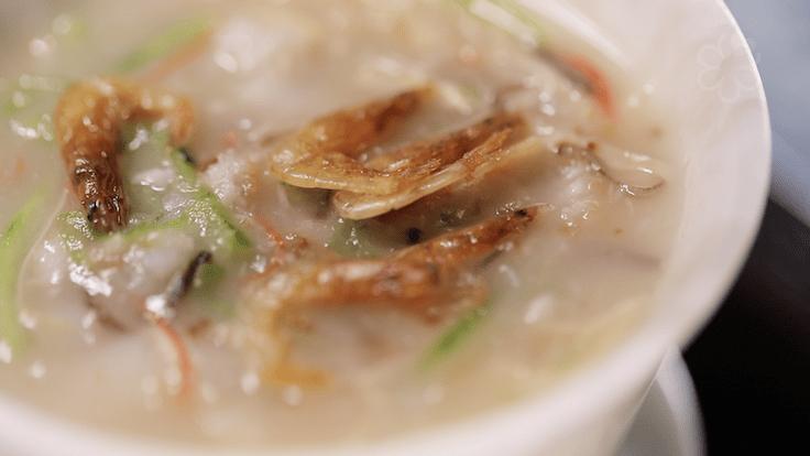 譽瓏軒的招牌菜:順德家鄉花膠拆魚羮
