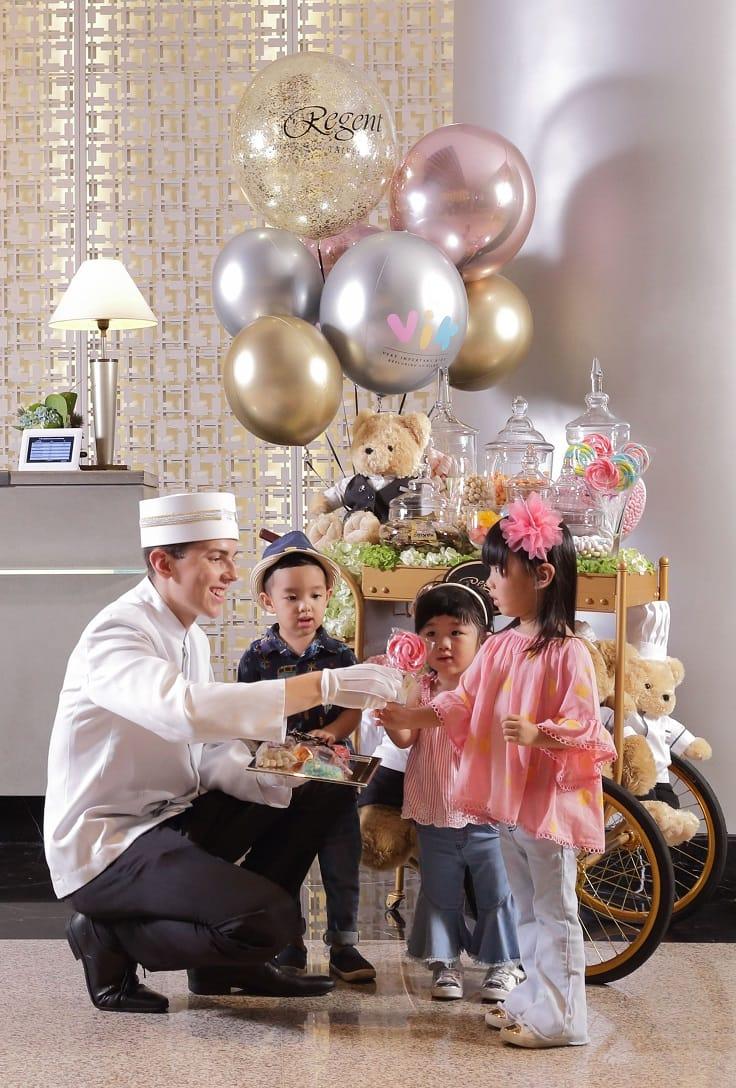 台北晶華酒店為小貴客推出夢幻甜點車。(圖片:台北晶華酒店)