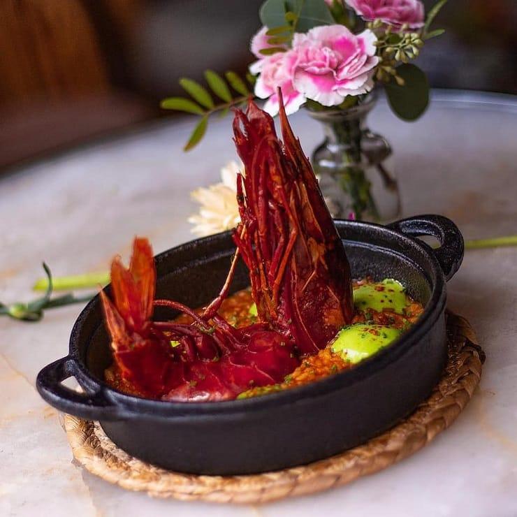 Cassio 地中海紅蝦海鮮飯,紅蝦足足有八吋長。(圖片:Cassio 面書)