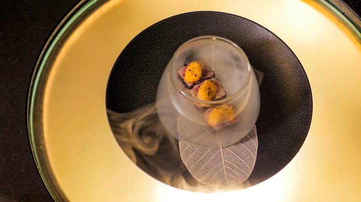 A La Minute Wagyu Beef With Fresh Sea Urchin (Pic: MICHELIN Guide Digital)
