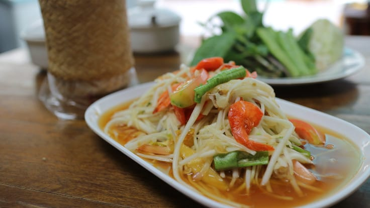<i>Somtum Thai</i> (papaya salad with dried prawns).