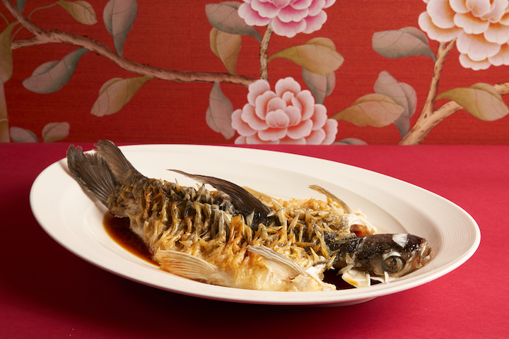The steamed White Sultan Fish with Crunchy Scales is one of the revamped dishes at TungLok Heen. (Photo: TungLok Heen)