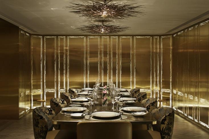 有份負責廣東道 LV 店設計的國際著名設計集團 Yabu Pushelburg 替 ÈPURE 營造了一個型格靜謐兼備的用餐氣氛。(圖片:ÉPURE)
