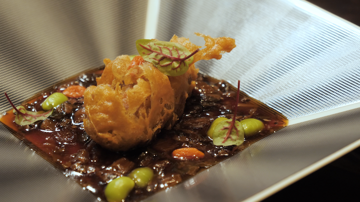 Chef Zeng decided to deep-fry the stuffed sea cucumber as its slimy texture could put off some diners.