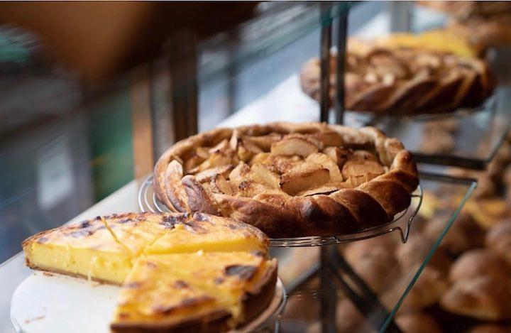 在 Poilâne,蘋果塔是 Cheryl 最喜歡的甜點之一。(圖片來源:Poilân 臉書專頁)