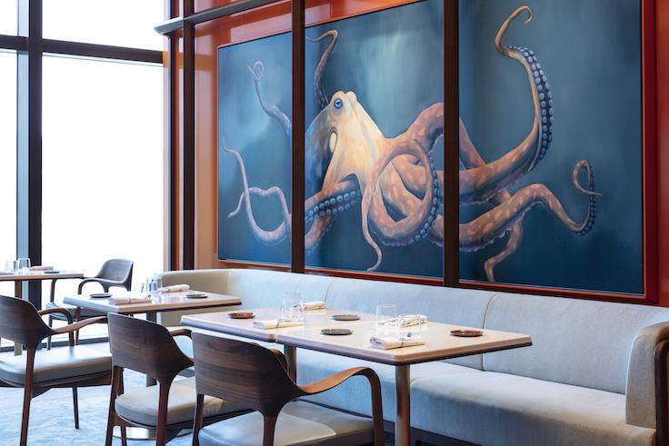 在「風雅廚」到處都可看到由法國藝術家以世界食材為創作靈感的裝飾。其中這幅由巴黎藝術家 Romain Bernini 創作的八爪魚,極為搶眼。