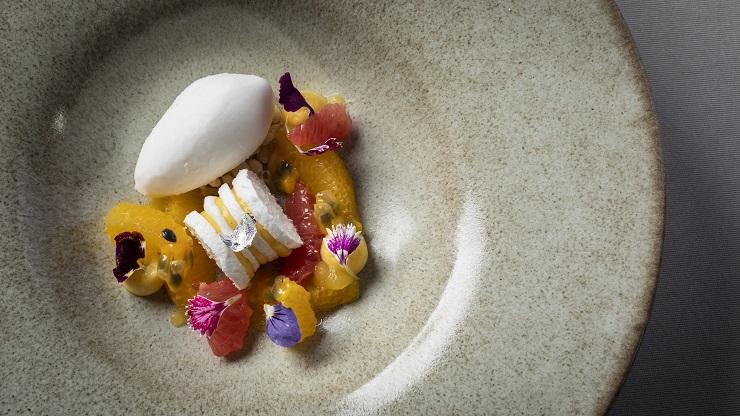 小西充主理的法日菜,擺盤美得像藝術品。(圖片:Zest by Konishi)