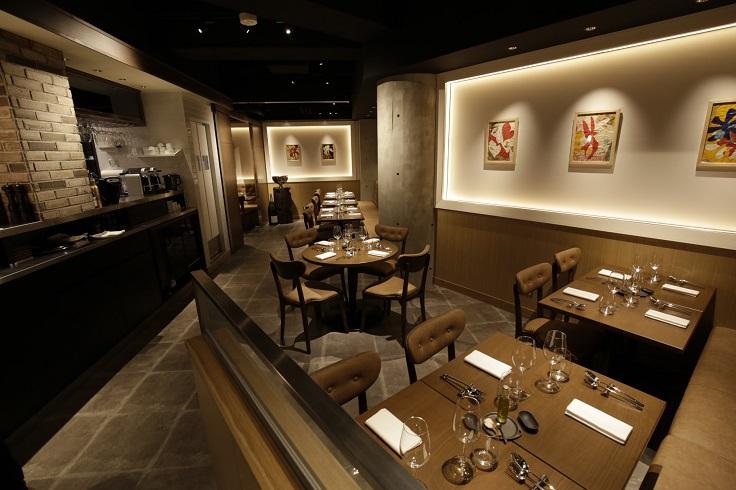 大廚 Dominique Bouchet 以法國小酒館為形式的副線餐廳 Les Copains。(圖片:Les Copains 提供)
