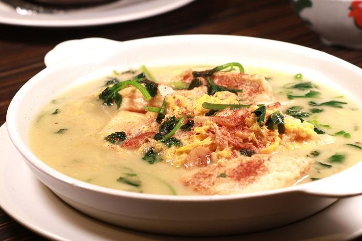 家常蝦子豆腐,平凡的菜式,卻很用心做。(圖片:陳佳男)