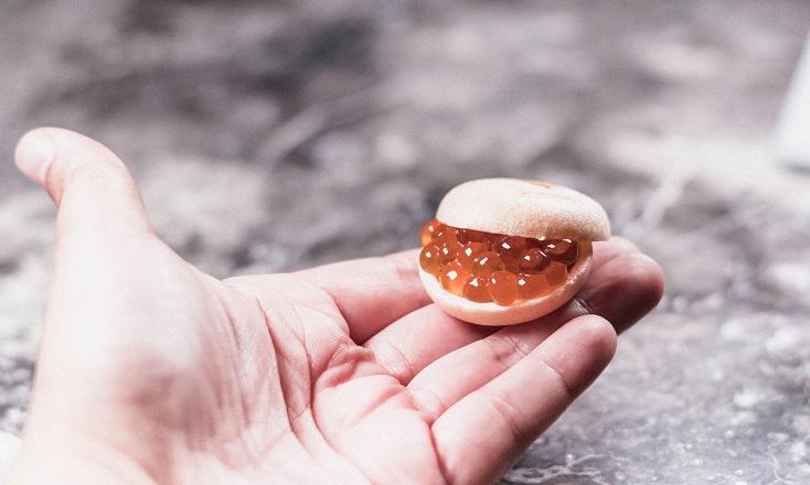 鮭魚卵最中(蘭提供)