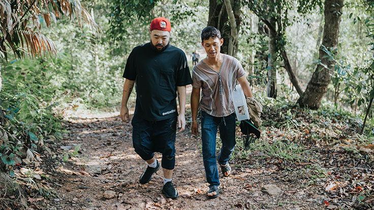 Chef Andy Yang on the way to collect fresh, wild honey.