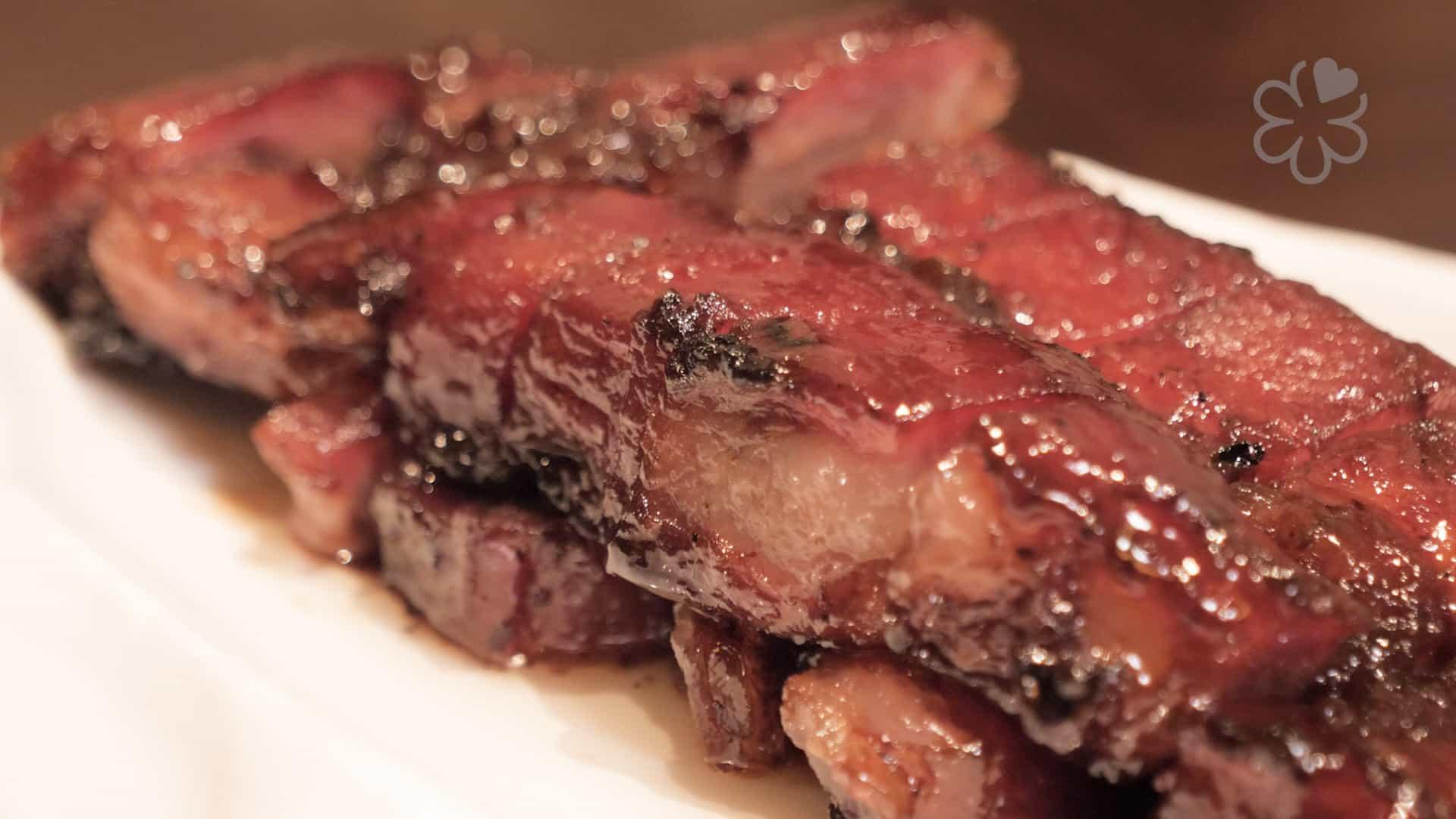 「蜜味西班牙黑豚叉燒」是碧迎居很受歡迎的菜式。
