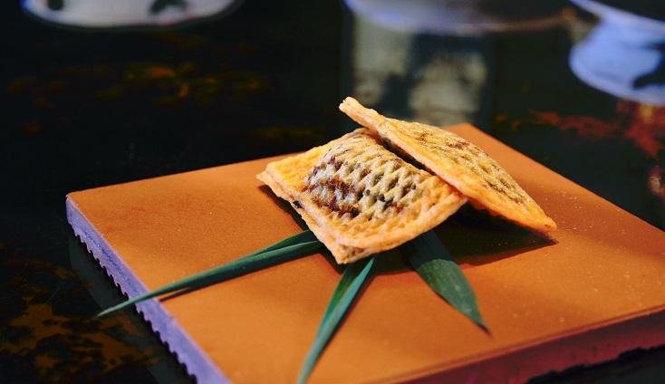 頤宮在年中推出的順德菜「春花捲」。(圖片:頤宮提供)