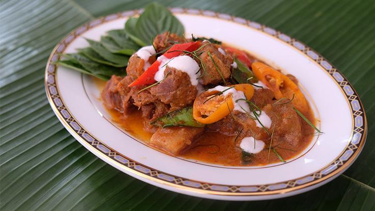 Beef shin panaeng curry. Photo source: Methavalai Sorndaeng.
