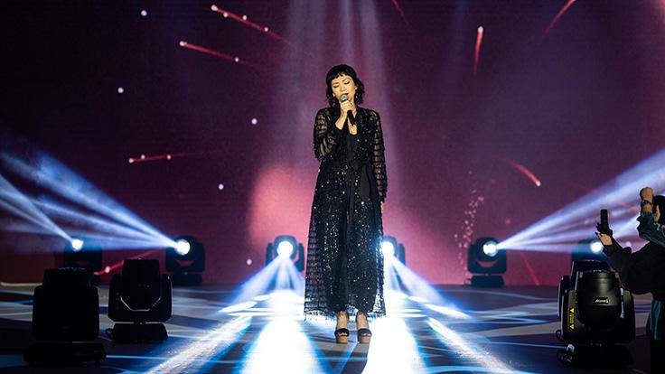 Guests were enthralled by a special musical performance by regional pop singer Kit Chan.