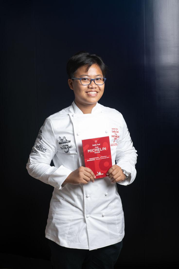 Chef Sujira Aom Pongmorn Bangkok Michelin Star Saawaan.jpg