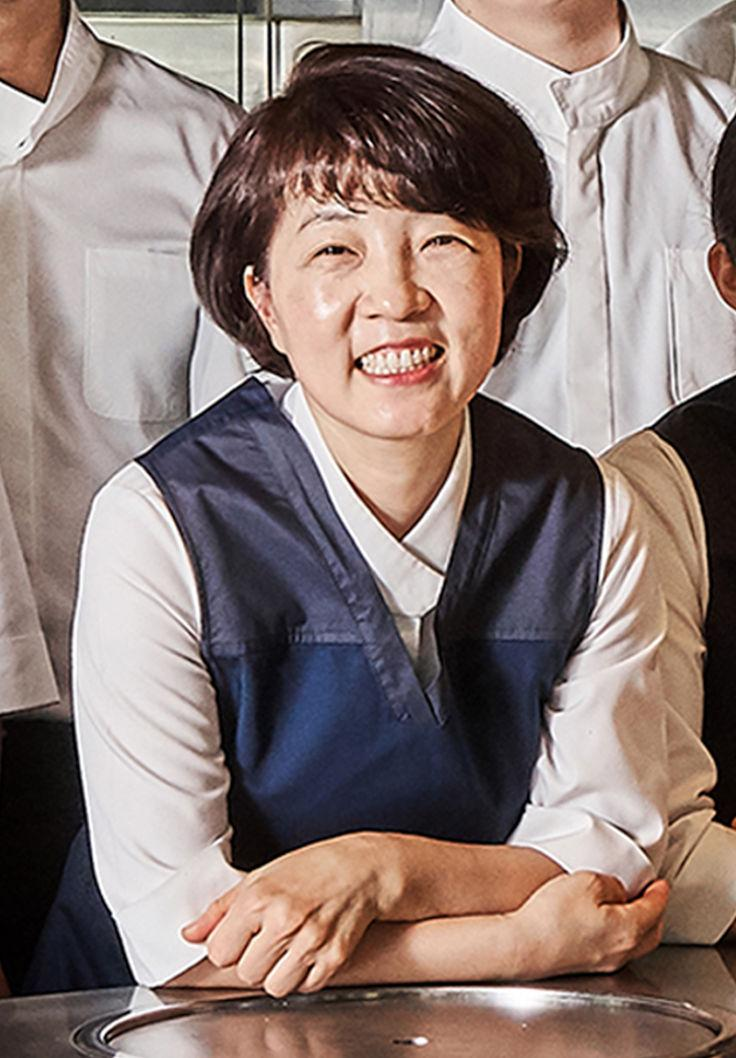 Onjium Eun-hee Cho Michelin Guide Seoul Photo La Main Edition.jpg